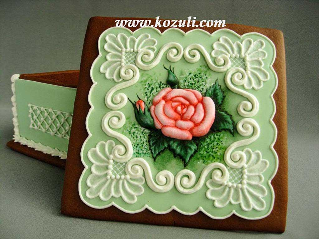 Пряничная шкатулка с объемной розой
