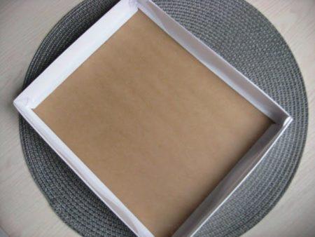 Коробка 26х21х3см