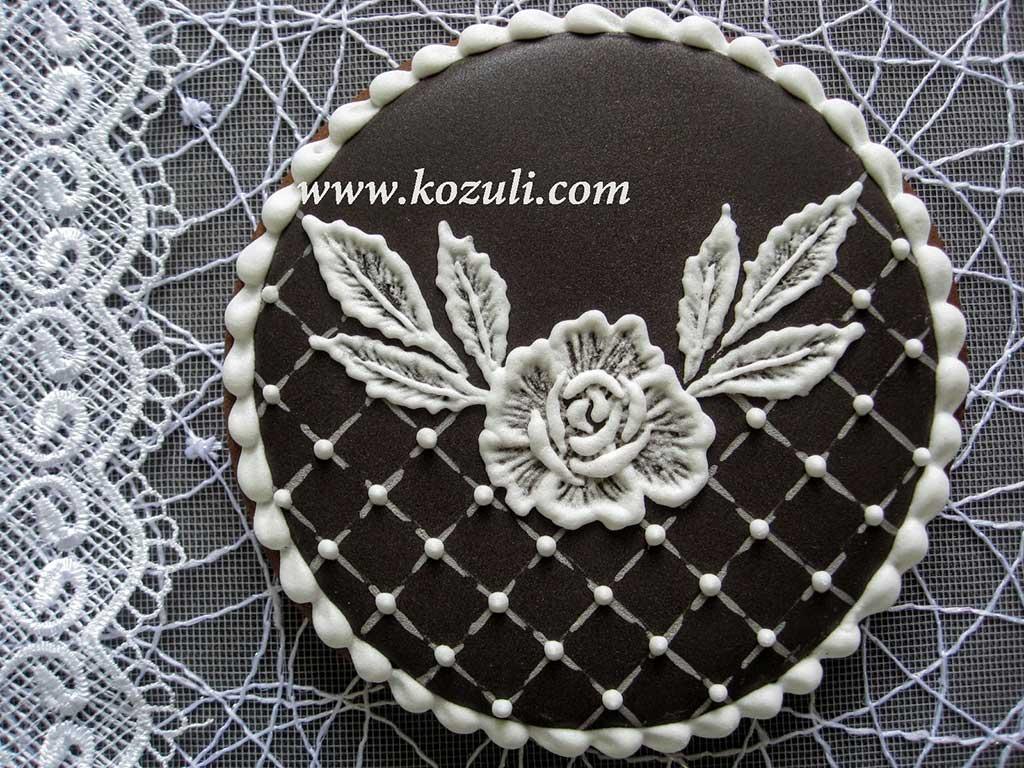 Свадебные пряники. Кружевной пряник Черно-белая классика