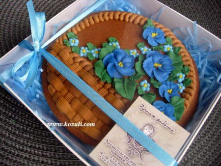 Пряники на 8 марта Корзина с цветами, упаковка