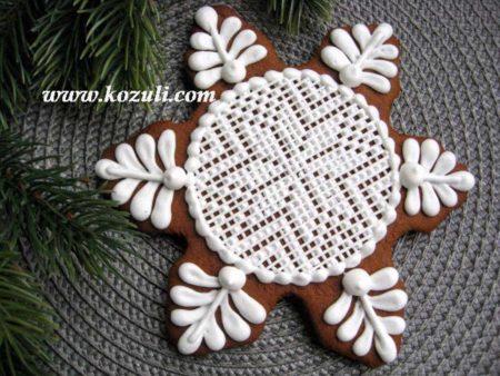 Новогодний пряник с вышивкой Снежинка. Новогодние имбирные пряники, новогоднее печенье, рождественское печенье