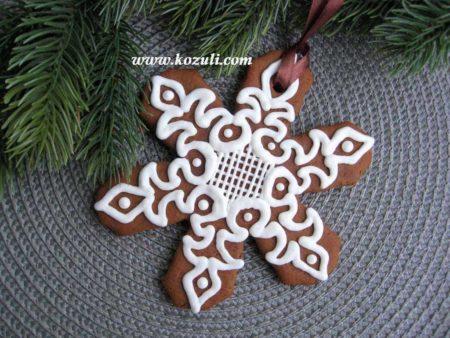 Новогодний пряник Снежинка. Новогодние имбирные пряники, новогоднее печенье