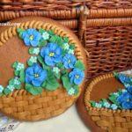 Пряник Корзина с цветами на 8 марта
