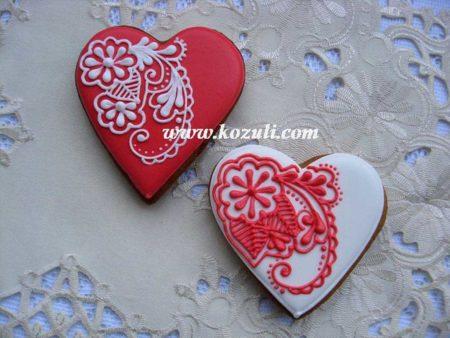 Имбирное печенье Сердечки с фантазийной росписью
